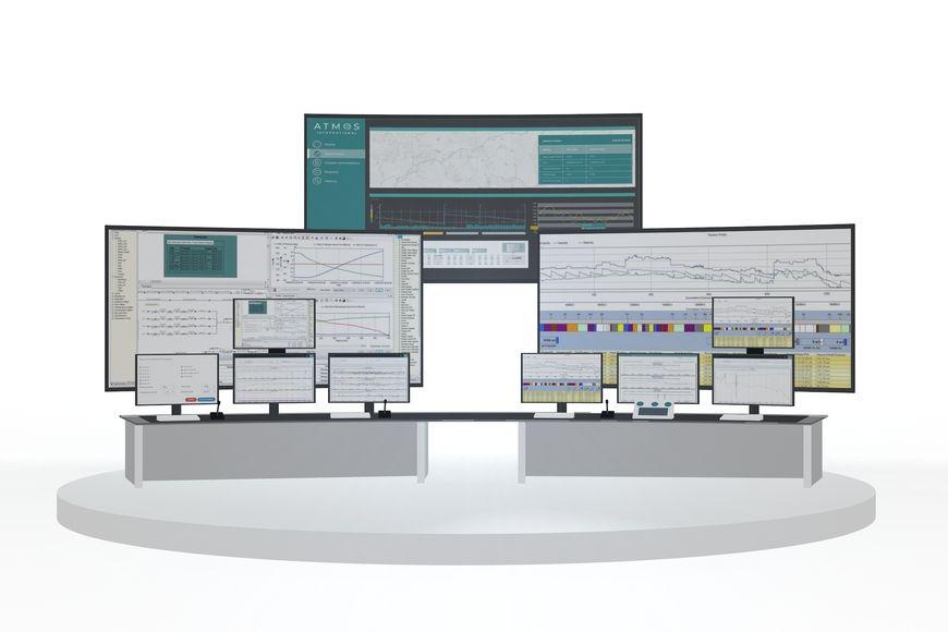 Графический интерфейс программы моделирования, распределённый на несколько экранов