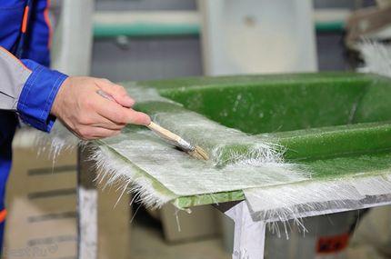 Методы ручного формования и намотки стеклопластиковых изделий
