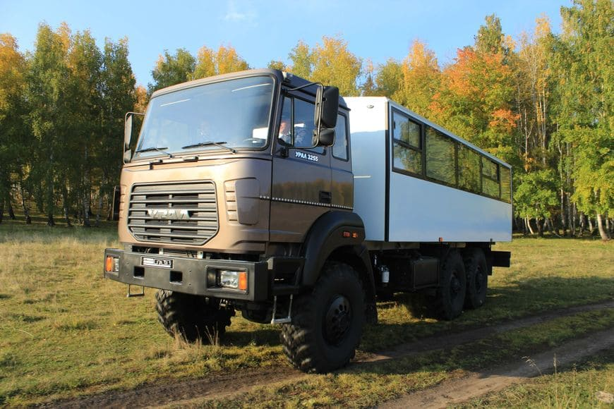 Вахтовый автобус Урал-М