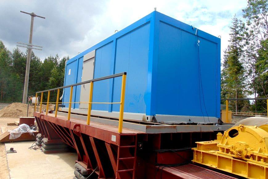 Универсальная сейсмоплатформа УСП-300: испытание на сейсмостойкость блок-контейнера технологического