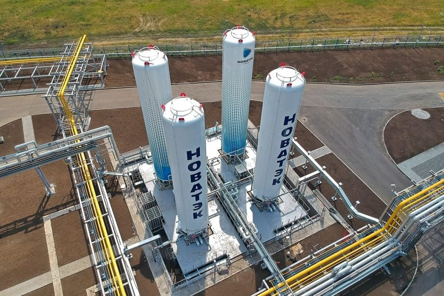 Решение Эмерсон на основе распределенной системы управления ДельтаВ обеспечивает интеграцию всех подсистем малотоннажного завода сжиженного природного газа