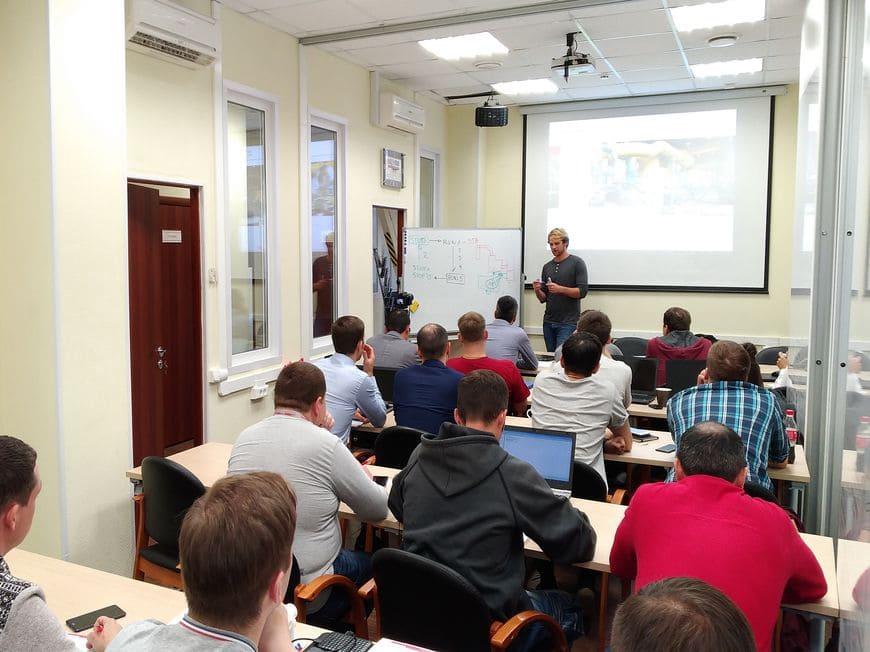 До открытия РУЦ семинары и тренинги проводятся в Учебном центре московского офиса Группы ЭНЕРГАЗ
