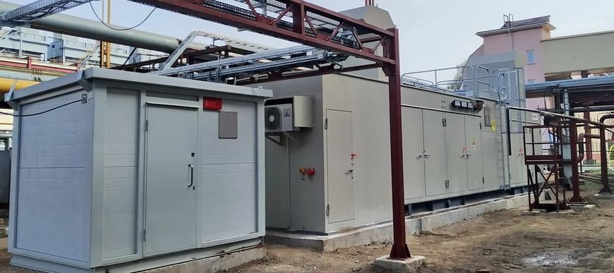 Газовая и воздушная компрессорные станции смонтированы на эксплуатационной площадке