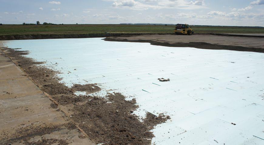 Строительство взлетно-посадочной полосы в аэропорту г. Йошкар-Ола с использованием теплоизоляционных плит марки «Экстрол 45»