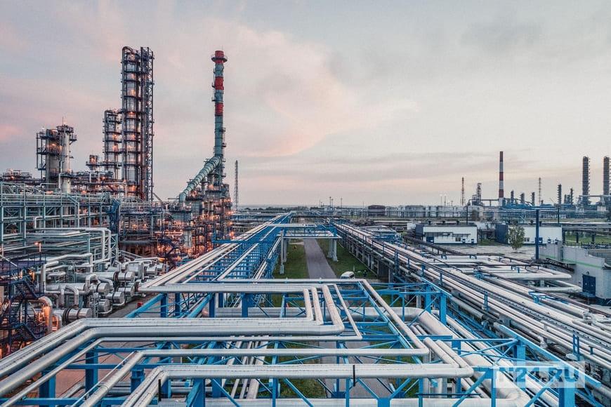Омский НПЗ «Газпром нефти» непрерывно развивает технологии экологичной и высокоточной отгрузки нефтепродуктов