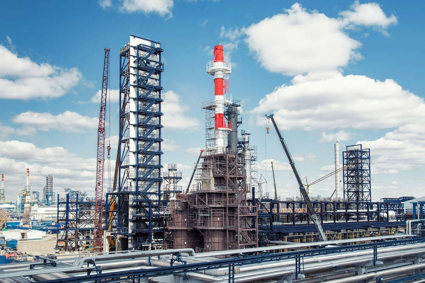 Омский НПЗ «Газпром нефти» продолжает программу модернизации производства