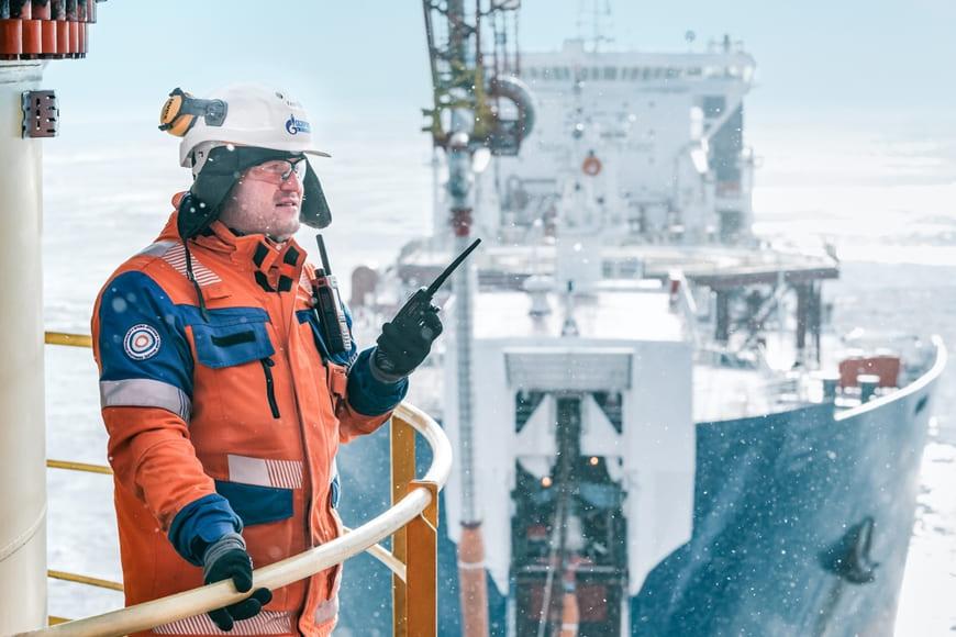 «Газпром нефть» отгрузила двухсотую партию нефти с платформы «Приразломная»
