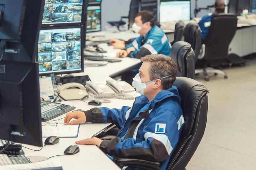 «Газпром нефть» внедряет современные системы мониторинга оборудования на Омском НПЗ
