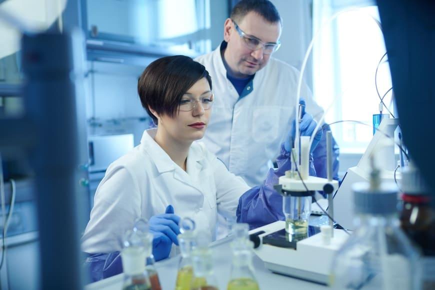 «Газпром нефть» внедряет собственные биотехнологии для нефтедобычи