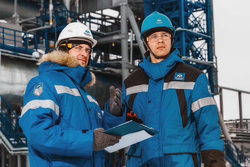 «Газпром нефть» и группа НЛМК будут совместно развивать низкоуглеродную энергетику