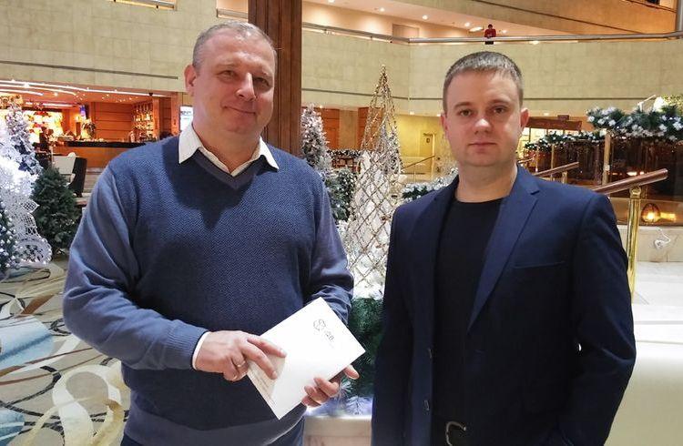 Инженер «СИБУРа» Роман Тихонов и руководитель направления 3D в компании iQB Technologies Иван Папуша