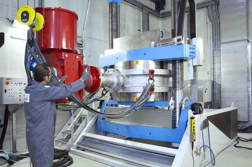 Новый производственный цех на заводе в Ля Рош-Шале