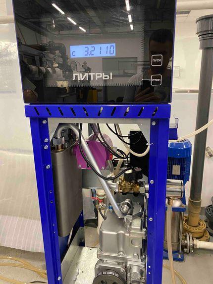 Массовый расходомер ШМ-1101 перед упаковкой и в дозирующем устройстве