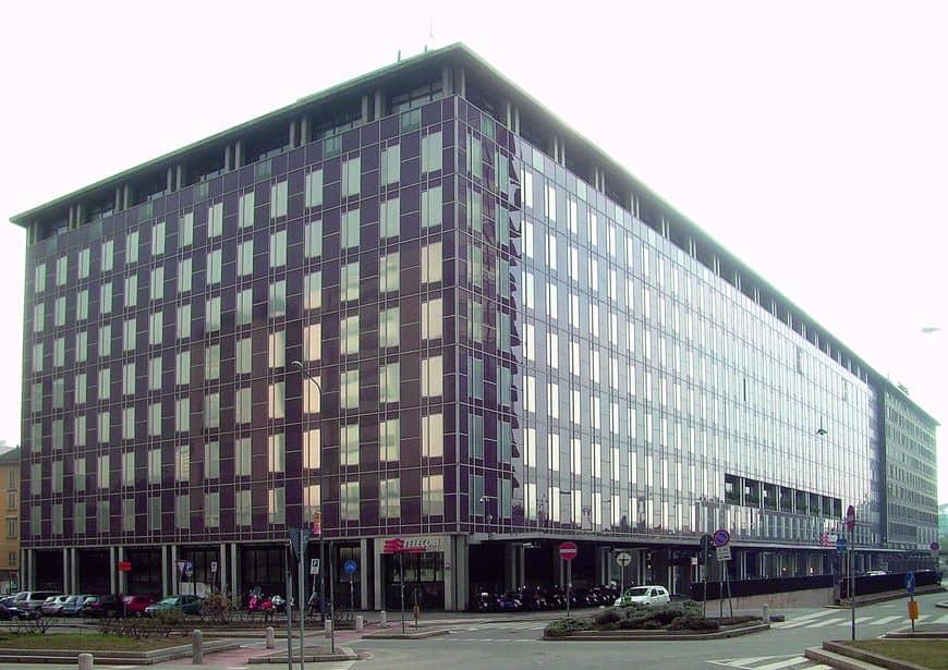 Здание штаб-квартиры Telecom Italia