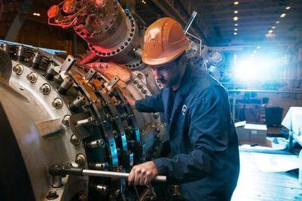Сборка индустриальной газовой турбины 32 МВт