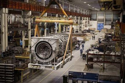 ГТУ Т32 в сборочном цехе Невского завода