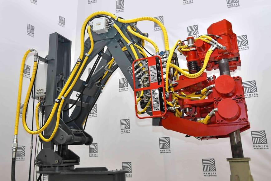 «Ижнефтемаш» начал производство бурового оборудования нового поколения. Буровой ключ ARMATIC