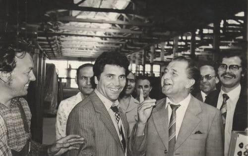 В бытность директором НКЭМЗ (А. Гловацкий – второй слева)
