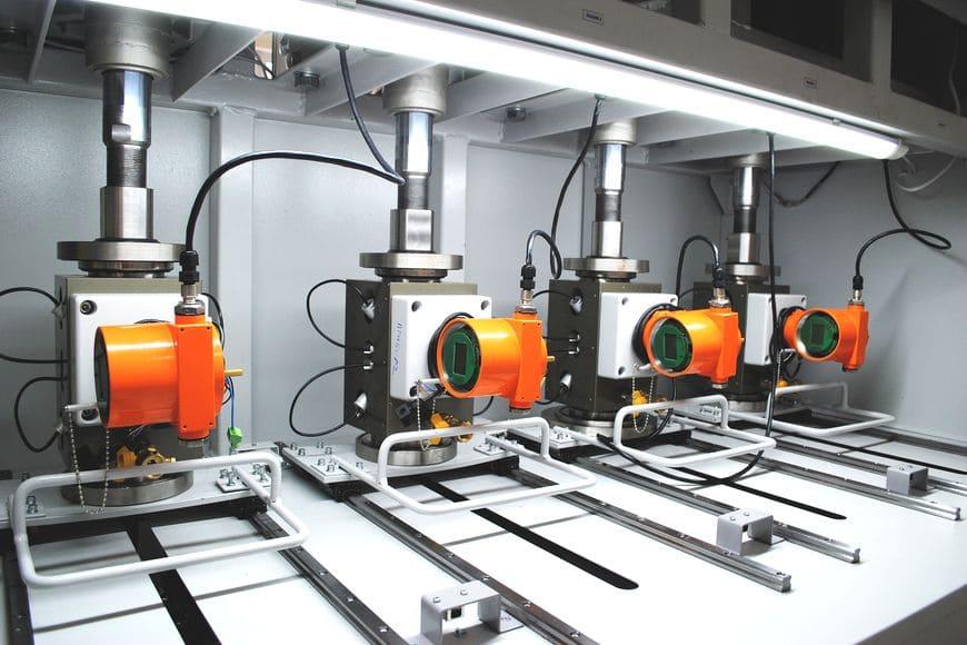 Стенд проверки герметичности и сухой калибровки ультразвуковых расходомеров газа