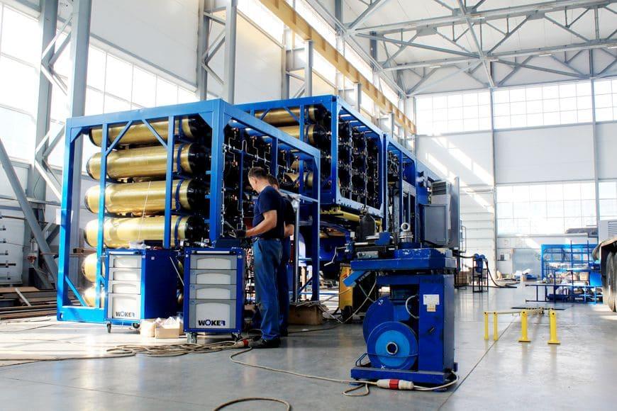 Сборка Мобильной АГНКС в заводском цеху промышленной группы ТЕГАС