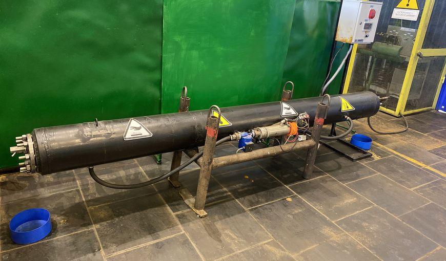 Испытательный стенд на декомпрессионное схлопывание конструкции МПТК для системы ППД при высоких давлениях