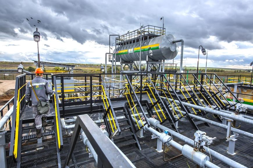 «Зарубежнефть» и «Газпром нефть» объединяют ресурсы для разработки запасов «трудной» нефти в ХМАО