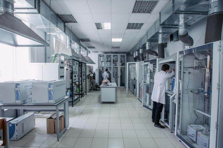 Ученые КФУ апробировали технологию повышения нефтеотдачи пластов с использованием новых химических реагентов